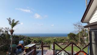 スッキリ晴れて青空広がり暑いくらいの陽気が続いていた4/2の八丈島