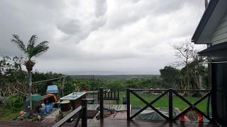 次第に雨も降ってきて風も強くなってきていた4/10の八丈島