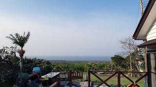 朝晩少し涼しいが風も収まり穏やかな陽気となっていた4/16の八丈島