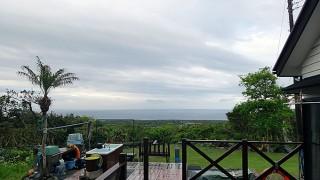 早めに雨も上がって次第に青空広がってきていた5/8の八丈島
