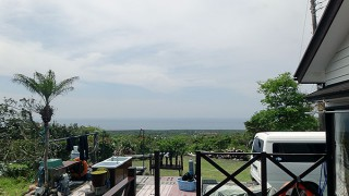 少し風は強まるが天気はカラッとよくもあった5/10の八丈島