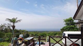 雲は多めの青空広がり暑さも戻ってきていた5/17の八丈島