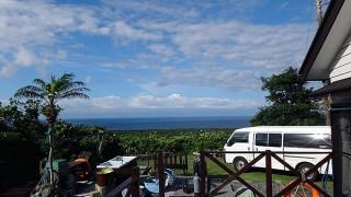 晴れ間はあるが雨もパラつく不安定な空模様となっていた6/7の八丈島