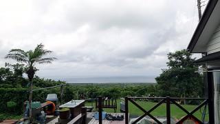 雲は多いが差し込む陽ざしもあったりしていた6/17の八丈島