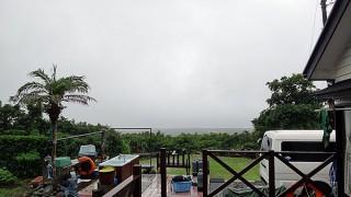 雨の降り止まないグズついた空模様となっていた7/10の八丈島