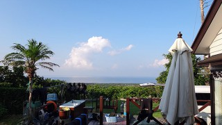 雲は多めで気温の上がり方も若干和らいでいた8/3の八丈島