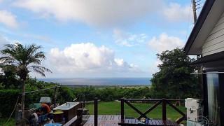 日中は青空もあって暑くもなっていた8/19の八丈島
