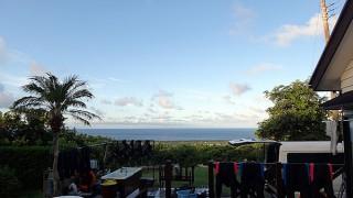朝夕雲は多いが日中は夏の日差しもあった8/20の八丈島