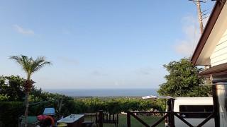 朝晩涼しくなるものの日中は夏の暑さが続いていた8/27の八丈島