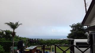 朝夕強めの雨は降るが日中は晴れ間もあった9/3の八丈島