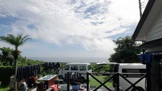 強めの雨は次第にあがり青空もでてきた9/7の八丈島