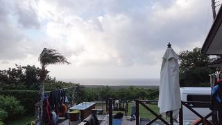 東寄りの風も強まり所によっては雨も降ったりしていた10/5の八丈島