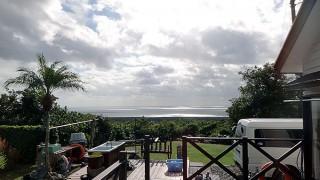 晴れ間もあるが雨も降ったりで落ち着かない空模様だった11/13の八丈島