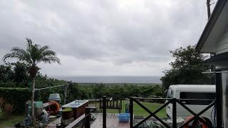 風も強まり雨も強まり荒れた天気となっていた11/14の八丈島