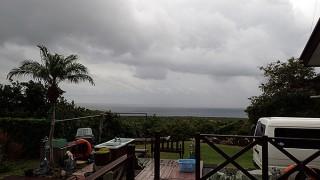 空気も変わって涼しくなって時折強めの雨も降っていた11/20の八丈島