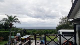 雲は広がるが時間とともに気温はあがってきていた12/10の八丈島