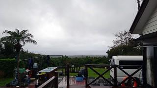 次第に雨は上がってくるが冷え込んでもきていた12/16の八丈島