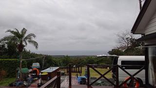 シトシトと冷たい雨が降り出してきていた1/6の八丈島
