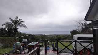 寒の戻りで気温も上がらず冷たい雨も降っていた3/10の八丈島