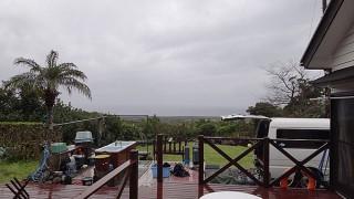 気温も上がらず冷たい雨が降り続いていた3/11の八丈島