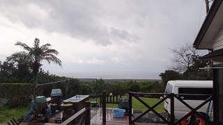 冷たい雨も降り続き風も強くもあった3/12の八丈島