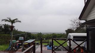 朝から雨は降りやまず少し肌寒い一日となっていた4/1の八丈島
