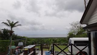 曇った空は続きはするが風も穏やかだった4/27の八丈島