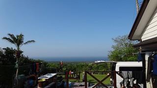青空広がり気持ちよく暑いくらいの陽気となっていた5/5の八丈島