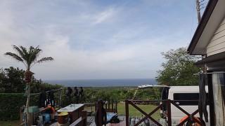 南からの風も吹きはじめ天気は下り坂だった5/17の八丈島