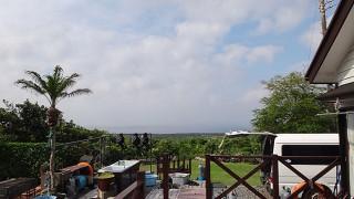時折雲は出てくるが青空続いて暑くもあった5/25の八丈島