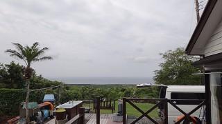 うっすら雲は広がるが風は弱くて穏やかな一日となっていた5/28の八丈島