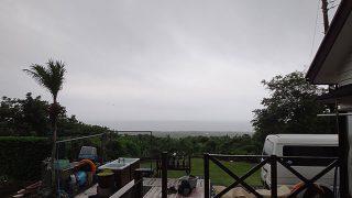 一時的に降る雨とっても強まっていた6/23の八丈島