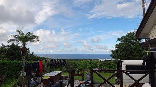 次第に空は明るくもなるが所によって強めの雨も降っていた8/2の八丈島