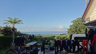 青空広がり日差しも強く暑くもなっていた8/6の八丈島
