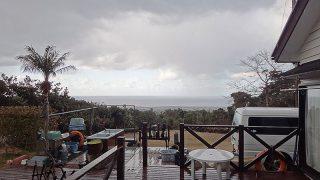 日中も気温上がらず冬の寒さが戻ってきていた2/19の八丈島