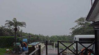 土砂降り雨は朝には上がり青空も広がっていた6/1の八丈島