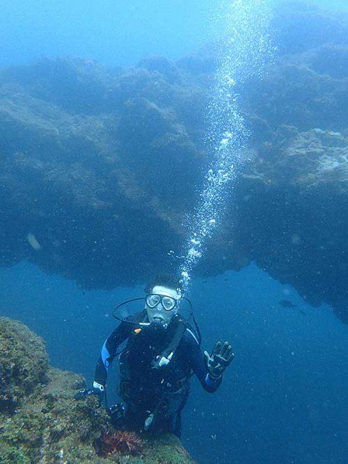 底土の沖のアーチも見に行き