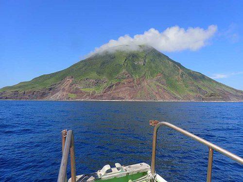 午前中の八丈小島