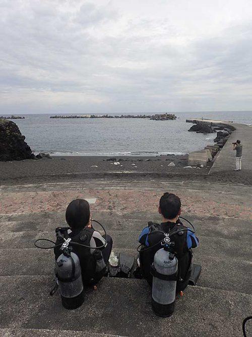 午前中は穏やかだった底土の海で