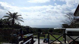 青空続き日中は暖かくもなっていた11/10の八丈島