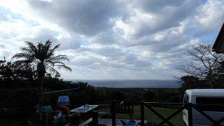 青空あるが一気に寒さが増してもきていた11/16の八丈島