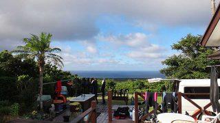広がる雲も薄くなり青空広がってきていた8/26の八丈島