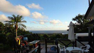 爽やかな青空続くが風はちょっと強くもあった8/31の八丈島