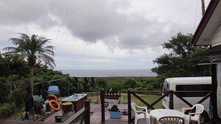 雲は広がり所によっては一時雨も降ってきていた9/2の八丈島