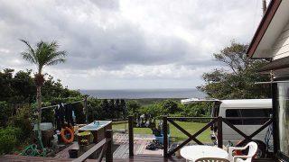 朝夕雲は多くはあるが日中は青空も広がっていた10/23の八丈島