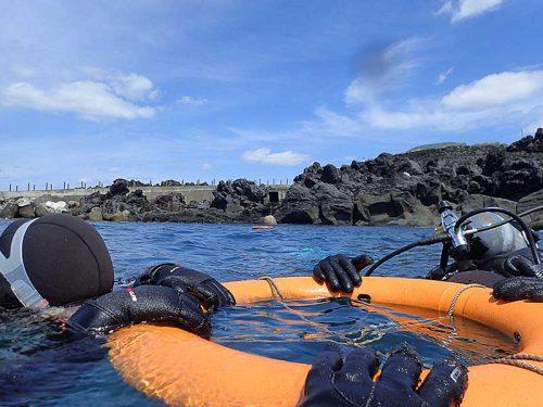 穏やかな湾内でゆっくり練習していくものの