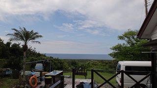早めのうちは雲は多いが次第に青空広がってきていた5/10の八丈島