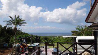 風は涼しく時折雲は出てくるもの青空広がっていた5/17の八丈島