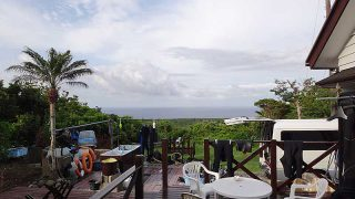 風は弱いが雲は増えてきていた5/31の八丈島