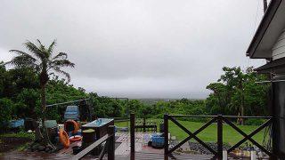 雨風強まり荒れた天気となっていた6/15の八丈島